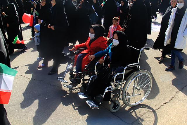حضور حماسی مردم استان یزد در راهپیمایی 22بهمن+ تصاویر